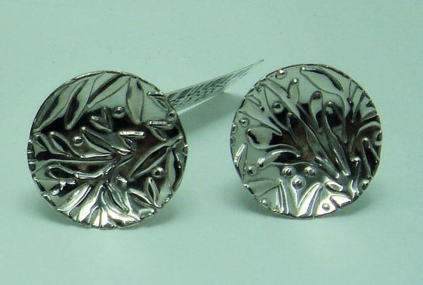 Pendientes de plata labrada