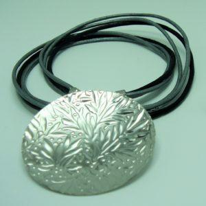 Gargantilla redonda de plata